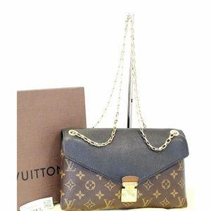 4a76aeb8c1b4 LOUIS VUITTON Chain Monogram Canvas Crossbody Bag